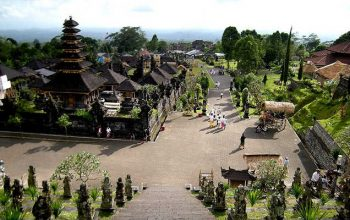 Tour Pura Besakih Bali