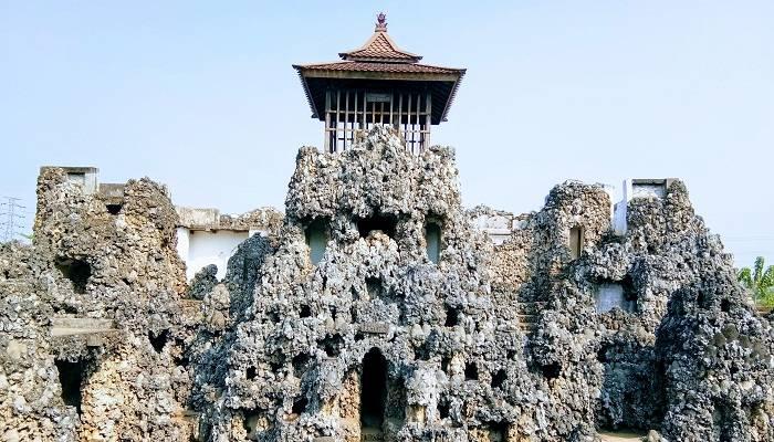 Paket Wisata Cirebon Kuningan
