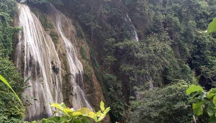 Air Terjun Di Gorobogan