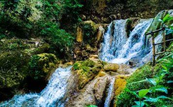 Air Terjun Di Kulon Progo