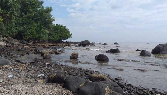 Wisata Pantai Di Batang