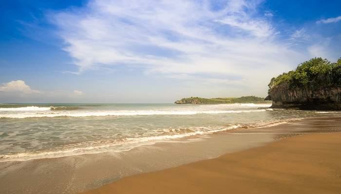Wisata Pantai Di Blitar