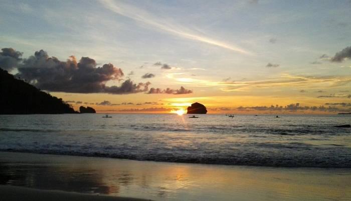 Wisata Pantai Di Trenggalek
