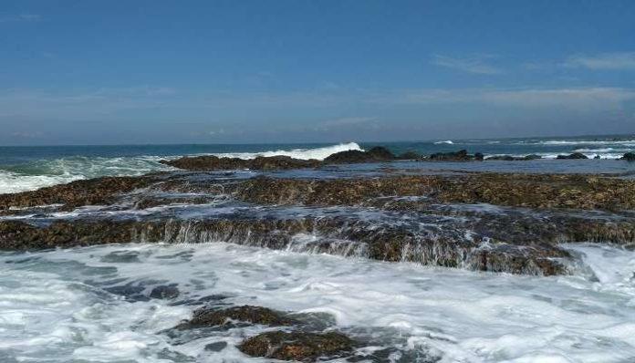 Tempat Wisata Pantai Di Lebak Banten