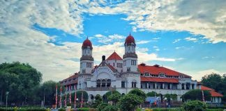 Destinasi Wisata Lawang Sewu Semarang