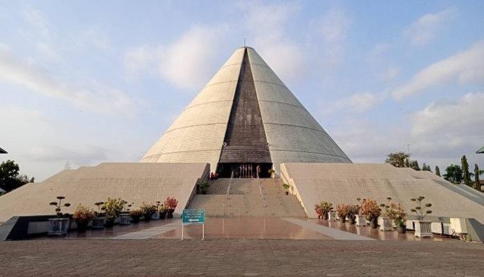 Museum Monumen Yogya Kembali (Monjali)