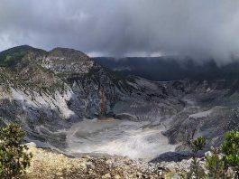 Destinasi Tempat Wisata Gunung Tangkuban Perahu